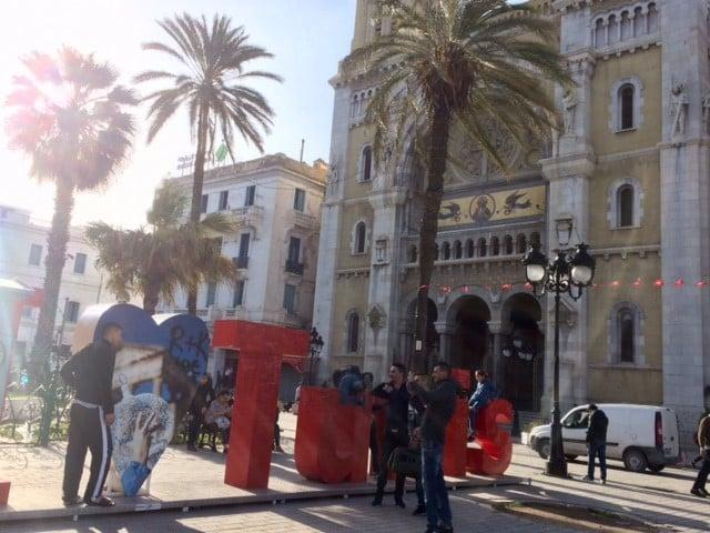 Tunisian politiikkakoulussa opetellaan demokratian periaatteita